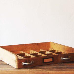 Schublade mit Einsatz